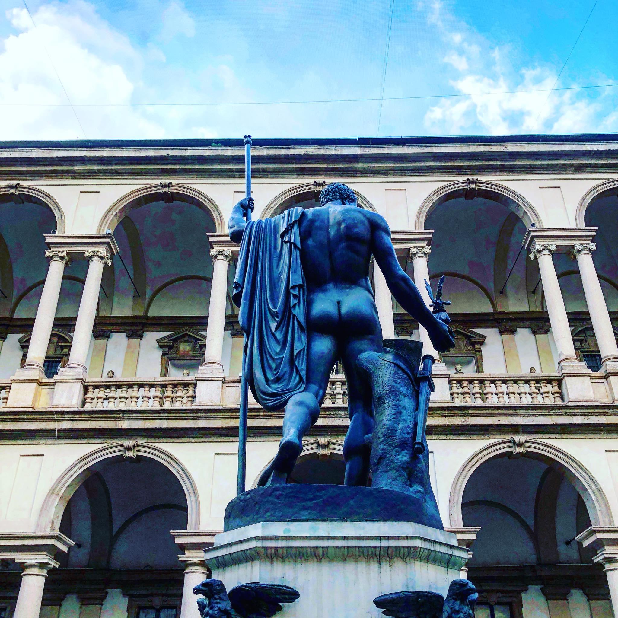 Milan hook up - Porn pictures